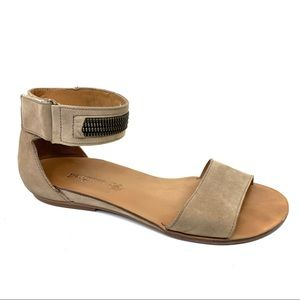 Paul green cotie flat tan leather sandals 8.5 11